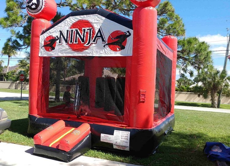 ninja 570598065 big Ninja Jump (2 in 1 with obstacles)